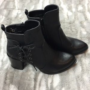 Olivia miller black booties size 8 1/2